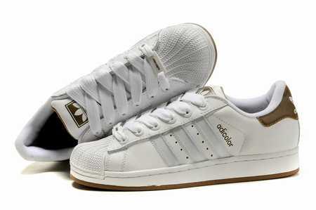 chaussures sport ville reebok chaussures de sport dolce gabbana chaussure sport amorti talon. Black Bedroom Furniture Sets. Home Design Ideas