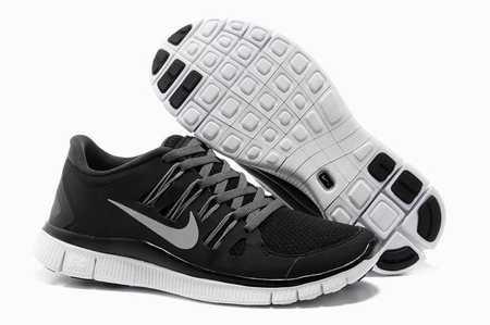 Nike E Running Shoes
