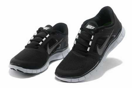 running-corsaire-femme,nike-run-flex-womens,chaussures-running-larges